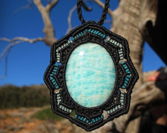 Amazonite macrame healing stone pendant