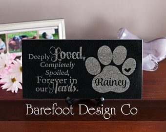 Granite Personalized Pet Memorial Stone