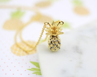 Small Gold Pineapple Pendent Simple Necklace, Pineapple Necklace, Gift for Best Friends