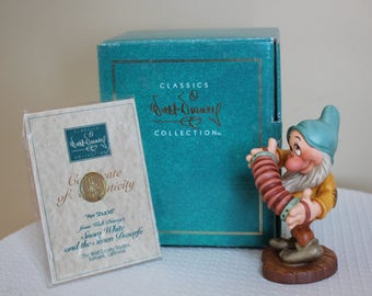 """Mint in Box WDCC BASHFUL Porcelain Figurine - """"Aw Shucks"""" Sculpture from Snow White Limited Ed Collectible Walt Disney Playing Accordian"""