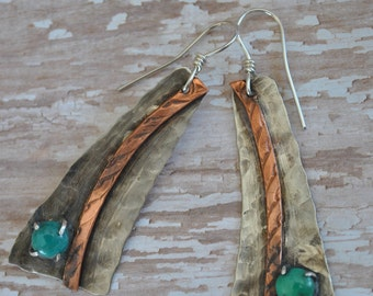 Copper and turquoise dangling earrings, hammered metal earrings, rustic earrings, artisan earrings