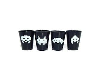 Space Invaders, Shot Glass, Geeky Glassware, Gaming keepsake, Gifts for Geeks, Nerd Crafts, Gifts for men, Geeky wedding, Geekery, Retro