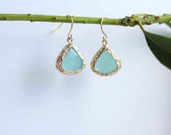 Mint Chalcedony Earrings Gold Dangle Earrings - Stone Earrings - Drop Earrings - Birthstone Earrings - Blue Jewellery - Chalcedony Earrings