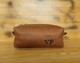 Mens toiletry bag, Dopp kit, Groomsmen gift, Personalized shaving bag, Travel, Distressed vegan leather, Rustic, Wash, Brown cosmetic bag,