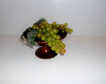 Vintage Green Grape Cluster, Plastic Grape Cluster, 2 bunches, Floral Wreath and Arrangement Supply, Decorative Fruit VBSF2008