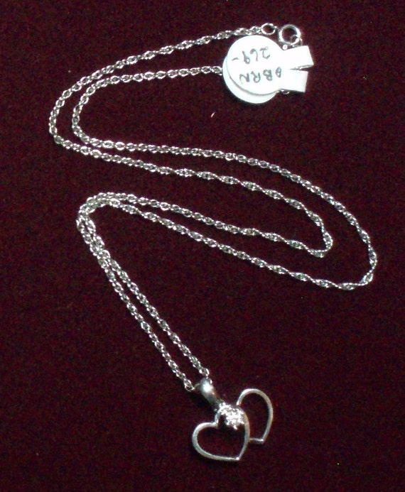 """14k. White Gold Double Heart with Diamond Pendant and 18"""" Chain Vintage"""