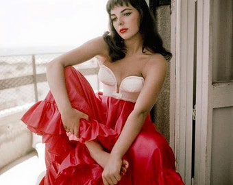 Joan Collins in a photo from the early 1950's