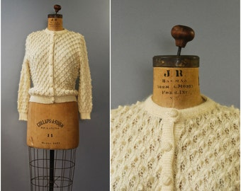 1980's cream popcorn knit nubby cardigan • medium