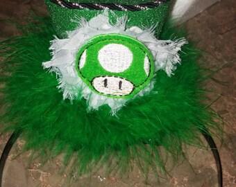 Super Mario inspired green mushroom mini top hat