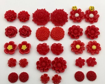 30 flower cabochon flower mix , red color, 11mm to 25mm#FL082