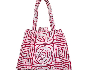 KANTHA Bag - Small - Red pattern on off-white background