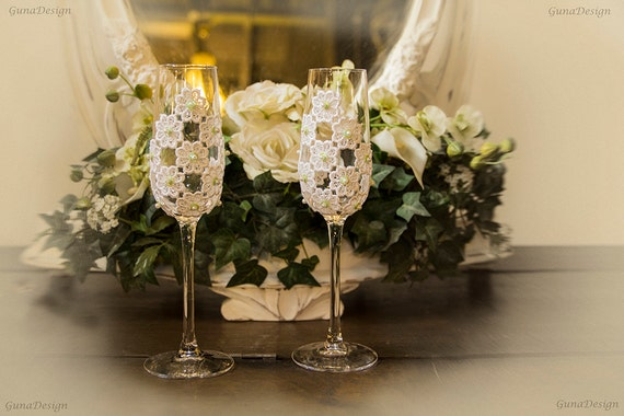 Wedding Toasting Champagne Glasses Decorated with White Lace