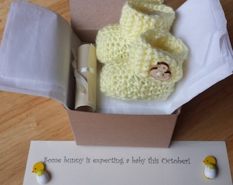 Pregnancy announcement, Baby Booties, Baby reveal idea, Crochet baby boots, SHIP SAME DAY !