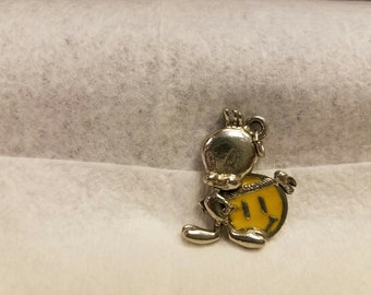 1996 Silver Toned Tweety Bird Pendant/Charm