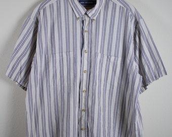 VTG RETRO TOP ϟ Vintage Van Heusen Striped Double Pocket Short Sleeve Button Up / Shirt