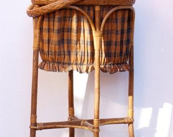 Travailleuse en rotin et tissu à carreaux, boîte à couture, travailleuse sceau Frenchvintagecham, brocante française