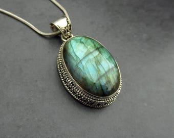 Labradorite Pendant Necklace, Green Labradorite Silver Pendant, Labradorite Jewelry, Wiccan Jewelry, Vintage Inspired