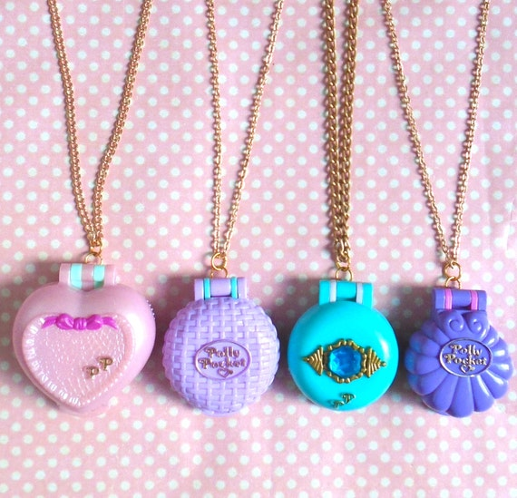 90s Polly Pocket locket necklace
