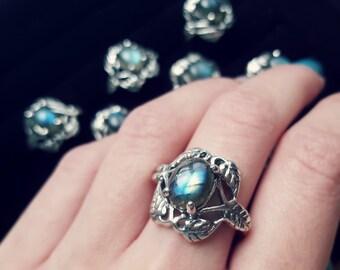Labradorite Forest Ring Bohemian Labradorite Ring Natural Stone Ring Gemstone Ring Leaf Ring Sterling Silver Witchy Ring Boho Rings Grunge