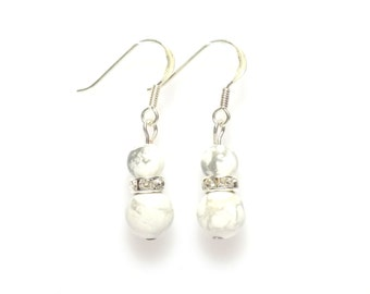 white howlite earrings , howlite earrings , womens earrings , white earrings, earrings, gemstone earrings, drop earrings