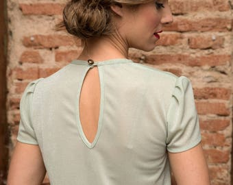 Elegant short sleeve blouse with a slight sheen