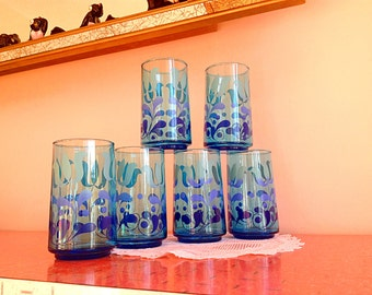 Stunning set of 6 vintage tall turquoise drinking glasses tumblers