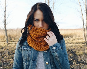 The Grinnell Cowl ∙ Neck Warmer ∙ Chunky Cowl