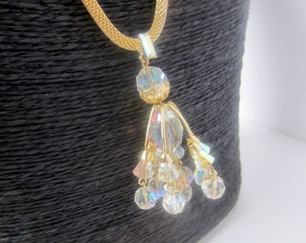 Fascinating CHANDELIER Aurora Borealis Crystal NECKLACE with gold tone MESH Chain ~lovely, vintage costume jewelry set