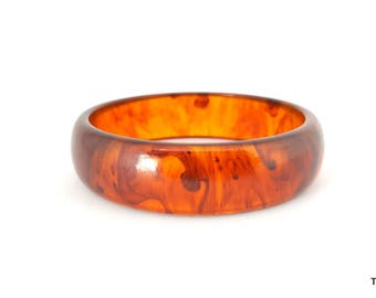 Bakelite bangle bracelet translucent swirl pattern