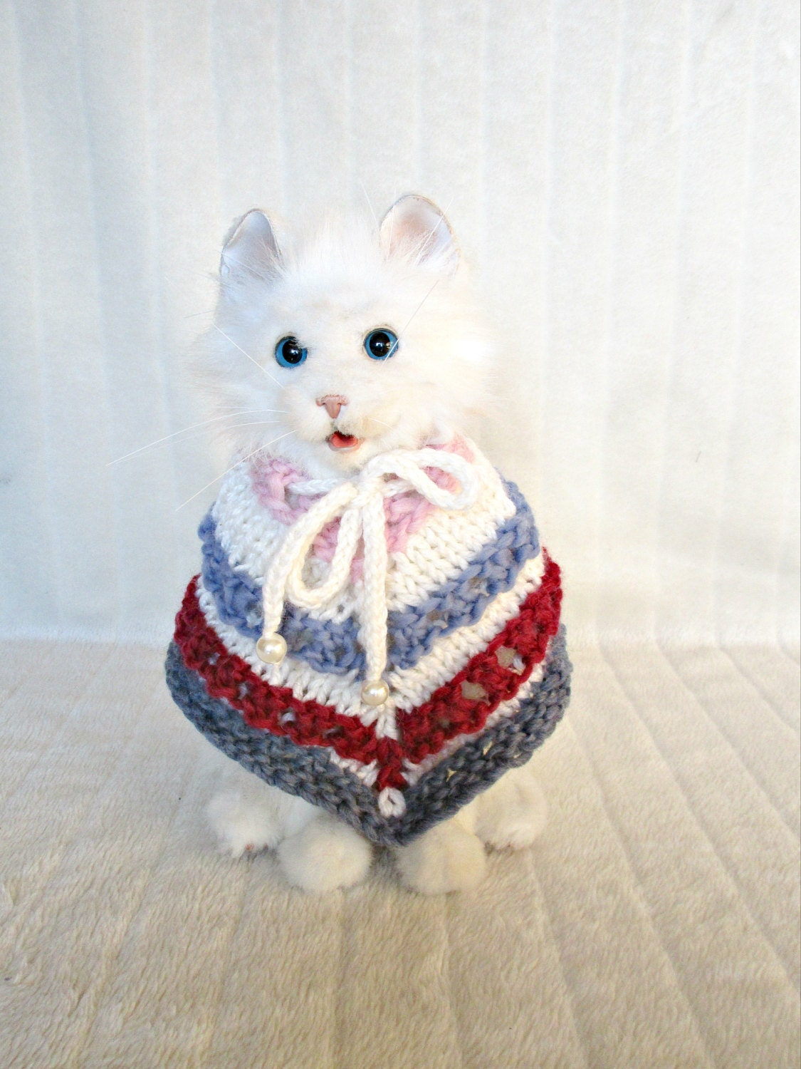 Cat dog poncho Knit cape poncho Dog knit coat Cat cape poncho