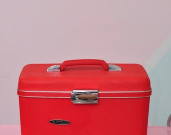 "Vintage ""Forecast"" Train Case in Hot Red w//Key!"
