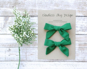 pigtail bows, pigtail set, green bows, hair bows, baby hair clips, stocking stuffer for girls, toddler hair bow, hair clips, green