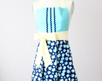 Womens Vintage Inspired Retro Full Apron - Turquoise, Yellow and RedFlower Print