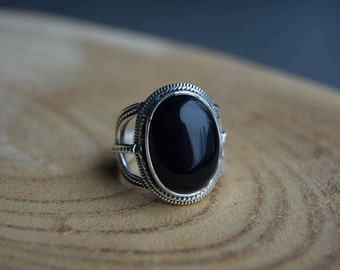 Black Onyx Ring, Sterling Silver Ring, Boho Ring, Size 8 ring, Gemstone Ring, Onyx Jewelry, Handmade Jewelry, Gift for women, Black ring
