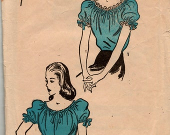 """Advance Sewing Pattern 1940's Blouse 4091 size 16, bust 34"""" complete used"""