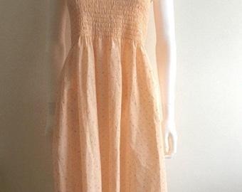 1970s dress / Ditsy / Shirred bodice / M