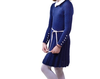 Hand knit merino wool dress School winter warm dress Girls dress with collar and buttons Classic knit dress Hand knitted Made to order