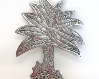 Silver Tone Metal Palm Tree Trivet