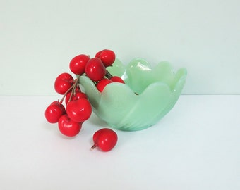 Jadeite Green Glass Lotus Flower Bowl with Scalloped Edges, Fire King, Jadite