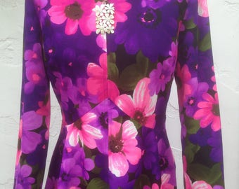 Beautiful Flower Power 60's Boho Poly Long SLeeve Dress / Love Love Me DO / Purple & Pink Oversized FLower Print / Floral DRess