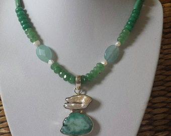 Emerald Acquamarine necklace Gorgeous with Freshwater Pearl