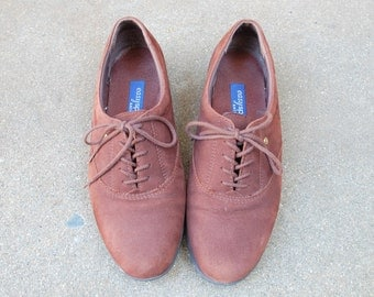 Vintage Womens 7b Easy Spirit Anti Gravity Lace Up Comfort Shoes Walking Shoes Brown Nubuck Leather Casual Oxfords Spring Beach Boho Fashion