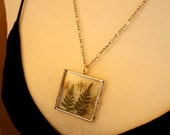 Fern pendant, fern locket, fern and Queen Anne's lace necklace, terrarium necklace, botanical pendant, made in Canada