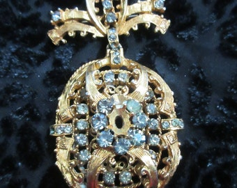 Corograft , Vintage Brooch, Vintage Jewelry, Dangle Pin, 1940's, Rhinestone Pin, Gold Tone Brooch, Rhinestone Brooch,  vintage Jewelry