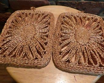 Vintage Boho Woven Rattan Wicker Trivet Set, Vintage hot plate, rattan trivets, trivets set