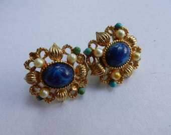 Vintage Costume Jewelry Clip On Earrings
