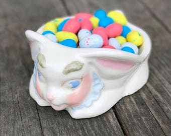 Bunny Rabbit Candy Dish Easter Bowl Ceramic Soap Dish Vintage 1950s