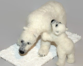 Needle felted polar bear and cub, polar bear, needle felted bear, needle felted, bear, white bear, felted polar bear, OOAK sculpture.