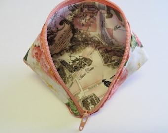 Coin Purse - Mini Storage Pouch - Zipper Pouch - Wonder Clip Bag - Sweet Pea Pod -  Sewing Bag- Gift Bag - Fabric Pouch - roses/Paris fabric
