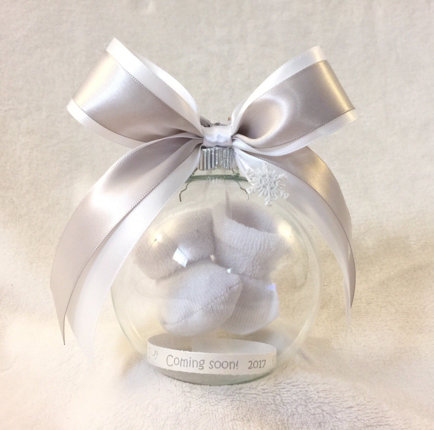 Baby ornament - Pregnancy Announcement Gender Reveal Ball Ornament With Floating Baby Booties